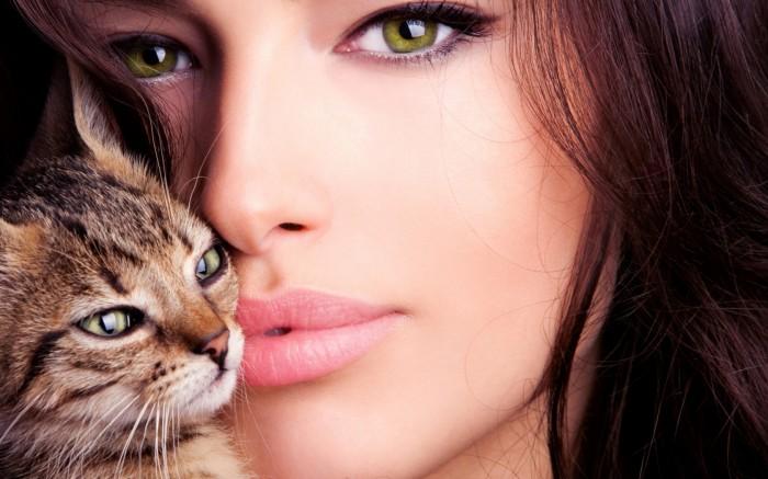 Самый сексуально привлекательный цвет глаз