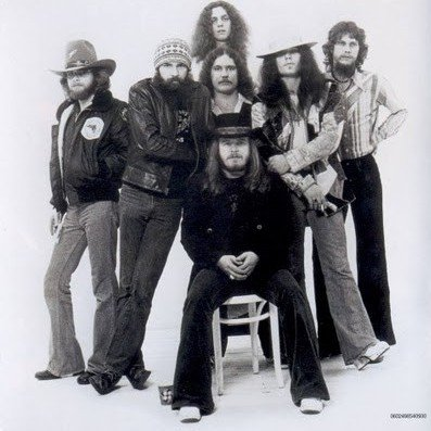 the story of the origins fame and downfall of lynyrd skynyrd an american southern rock band Who created the story, is from the deep south as the quintessential southern rock band play that dead band's song ironically, lynyrd skynyrd is still.