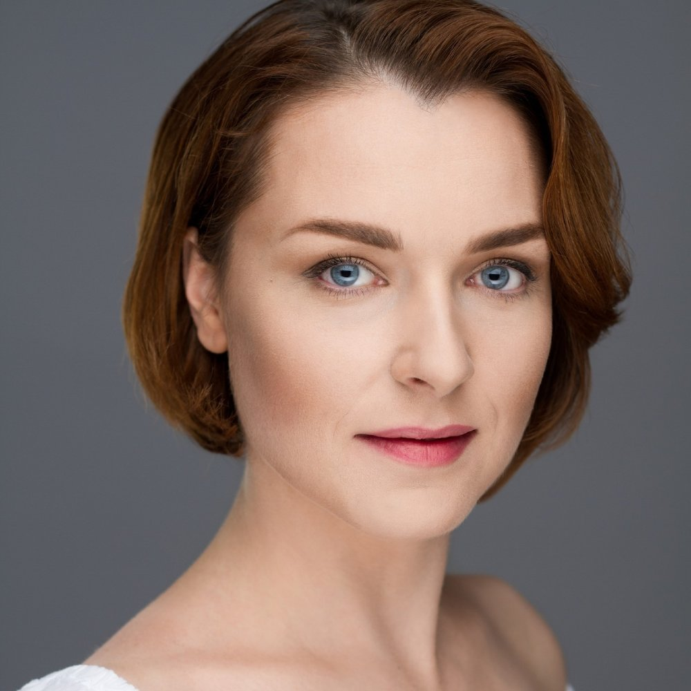 Голая порно актриса Ludmilla Antonova смотреть онлайн 1 фото