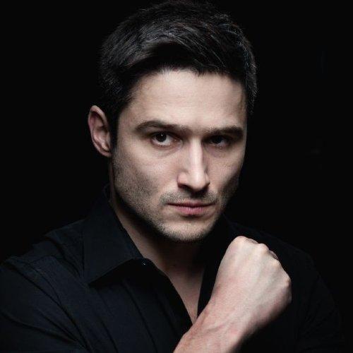 рецепт поможет молодые украинские актеры мужчины фото два года рассказа